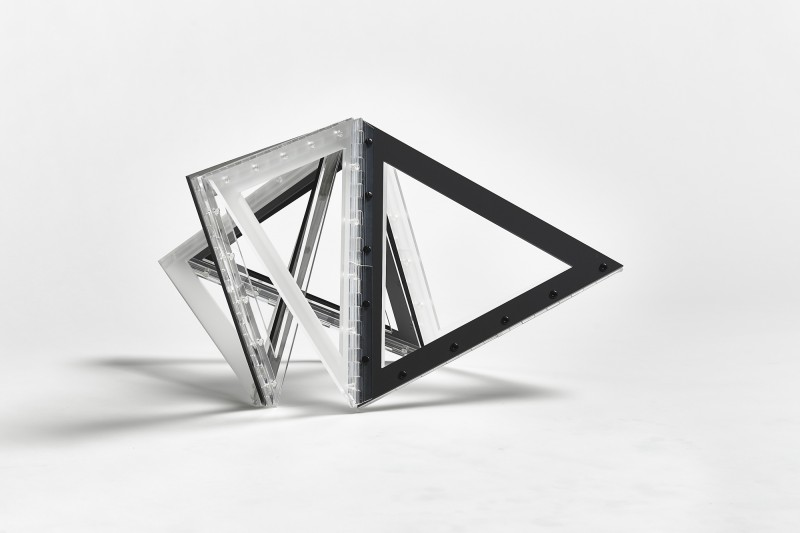 Hollow 9 Triangles - Marta Chilindron, Cecilia De Torres Ltd.