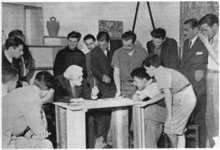 Torres-García and his students